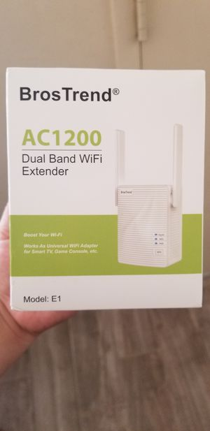 Bros trend AC1200 WiFi extender for Sale in Lynwood, CA