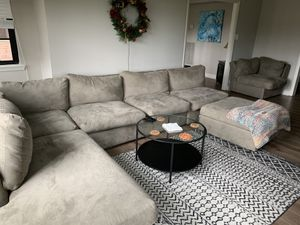 Living room couch for Sale in Philadelphia, PA