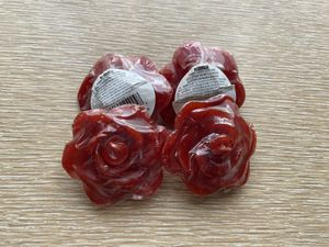 Red Rose Floating Candles- unopened set of 4 for Sale in Chehalis, WA