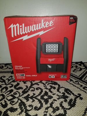 Milwaukee M18 Dual Powered LED Flood Light - 3 Modes - Pivotal Light - Up To 3,000 HD Lumens NEW for Sale in Mendota, MN