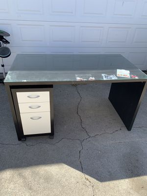 Office desk for Sale in Hawthorne, CA