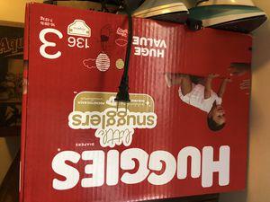 Huggies snugglers Size 3 COUNT 136 for Sale in Gardena, CA