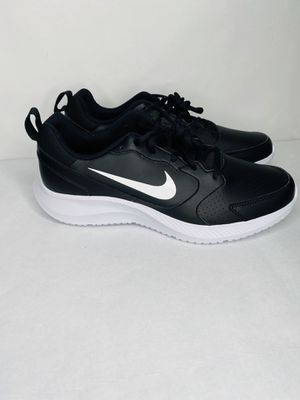 Brand new Nike Todos Men's Casual Trainer Running Shoes without box. Black leather Fast Shipping Size: Men's 9 for Sale in Dundalk, MD