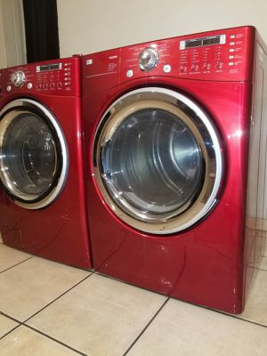 RED LG WASHER AND GAS DRYER EXCELLENT CONDITION for Sale in Glendale, AZ