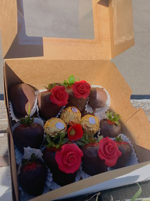 Chocolate Covered Strawberries for Sale in La Mesa, CA