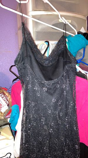 Beautiful evening shimmer gown $25.00 for Sale in Peoria, AZ