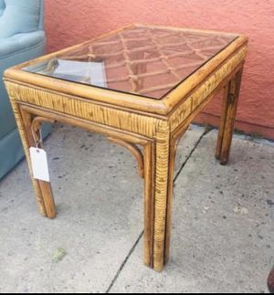Vintage Wood Washstand w Mirror for Sale in Lehighton, PA