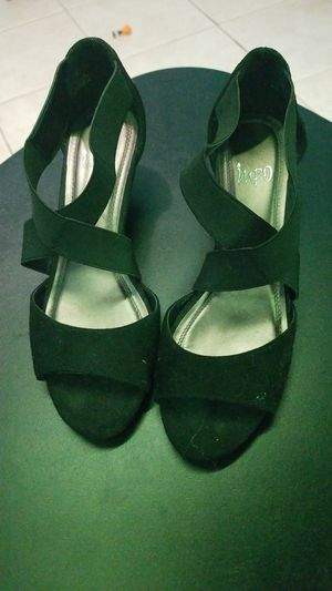 Ladies dress shoes for Sale in Miami, FL