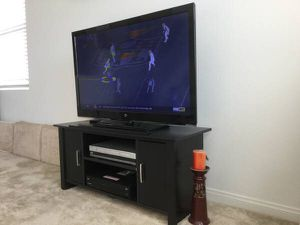 Westinghouse TV 46 inch for Sale in Chino, CA