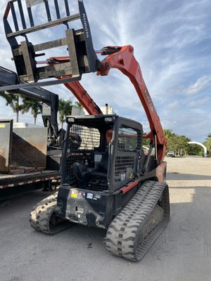 CDL driver wanted must drive BObcat for Sale in Miami, FL