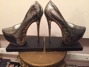 High heel bookends for Sale in White Plains, NY