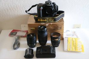 Nikon D2X Digital SLR Camera Body with 3 lenses in a mint condition for Sale in Oakland, CA
