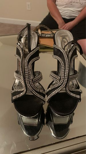 Black and silver heels for Sale in Mt. Juliet, TN