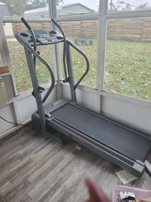 Treadmill for Sale in Spring Lake, NC