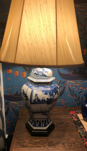Vintage flow blue pottery lamp for Sale in Concord, MA