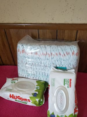 Pamper dry #6 and 2 bag wipes huguies for Sale in Garland, TX