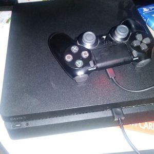 Ps4 Slim Like New for Sale in Hamilton, OH