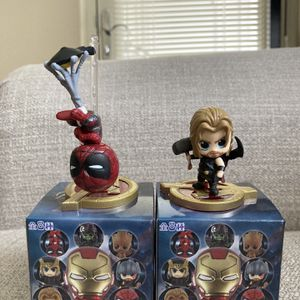 Avengers mini Action Figure 2pcs for Sale in Herndon, VA