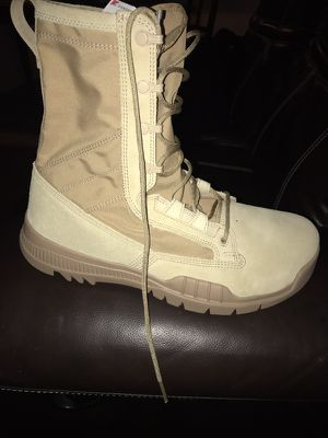 Nike boot size 10 for Sale in Tampa, FL