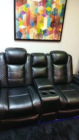 Party Time Reclining Sofa & Loveseat for Sale in Farmers Branch, TX