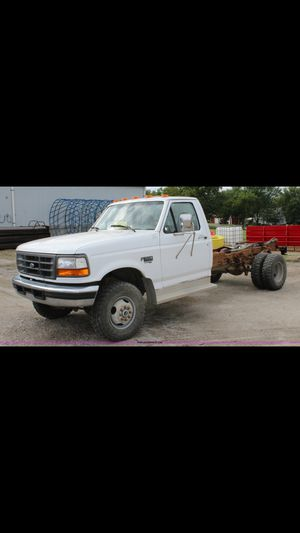 1997 ford F450 7.3 diesel for Sale in Hatchville, MA