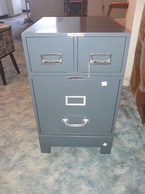 SteelMaster file cabinet and card storage organizer unit. New retail is $200 this is a vintage like new set kept in pristine condition for Sale in Seminole, FL