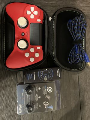 Ps4 Scuff Impact Custom Controller with case and extra accessories!! for Sale in Silverado, CA
