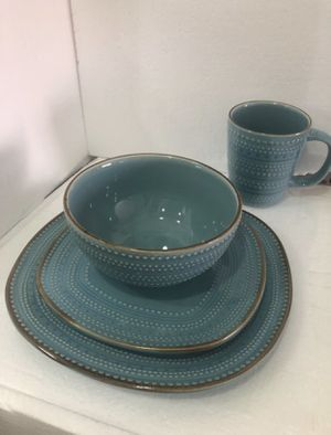 "American Atelier Tallulah 16-pc. Dinnerware Set- ""New "" for Sale in Los Angeles, CA"