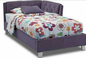 Full size bed frame tuffed purple for Sale in Charlotte, NC