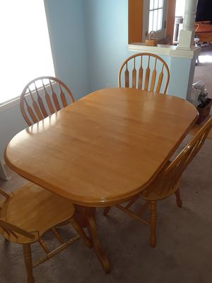 Oak table with 4 chairs & 2 Captain chairs for Sale in Essex, VT