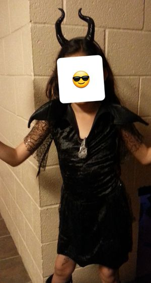 Disney Maleficent costume size 7/8 for Sale in Ontario, CA