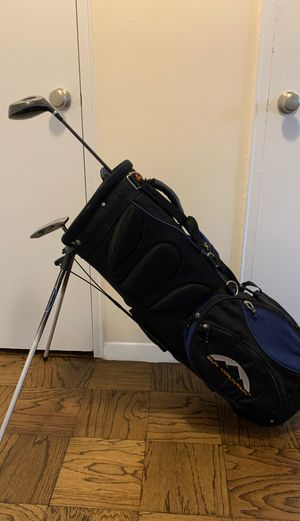 Golf bag + free clubs for Sale in New York, NY