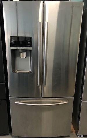 "Samsung 33"" French door freezer fridge for Sale in Owings Mills, MD"