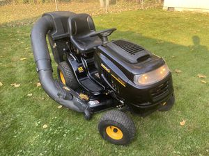 Auto Trans Riding Lawn Mower with Bagger System for Sale in Lombard, IL
