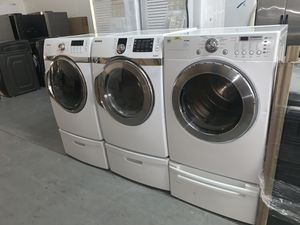 Nice clean front load electric dryers for Sale in Orlando, FL