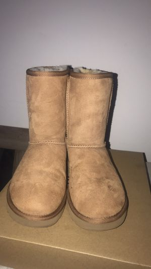 Tan Ugg Boots size 6 for Sale in Reynoldsburg, OH