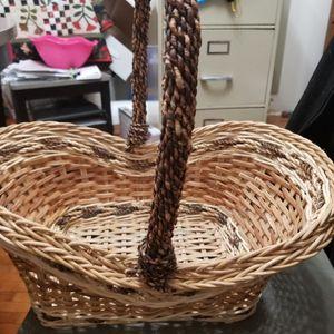 Need Gone Asap Basket for Sale in Appleton, WI