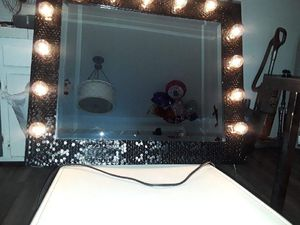 Mirror with lights for Sale in Los Angeles, CA