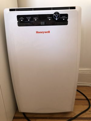 Honeywell - 398 Sq. Ft. Portable Air Conditioner - White for Sale in Jersey City, NJ