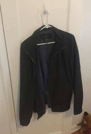 Van Heusen Men's Rain Jacket for Sale in Salt Lake City, UT