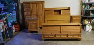 Full size bedroom set for Sale in Arlington, TX