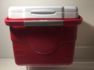 Coleman cooler ice box lunch box for Sale in Los Angeles, CA