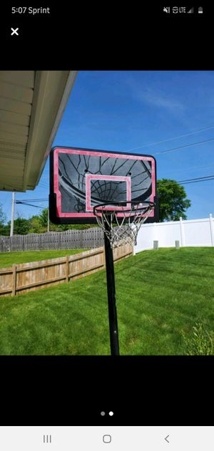 Basketball net hoop $200 for Sale in Downers Grove, IL
