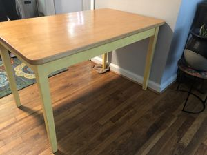 Gorgeous oak table. Seats 4. for Sale in Decatur, GA
