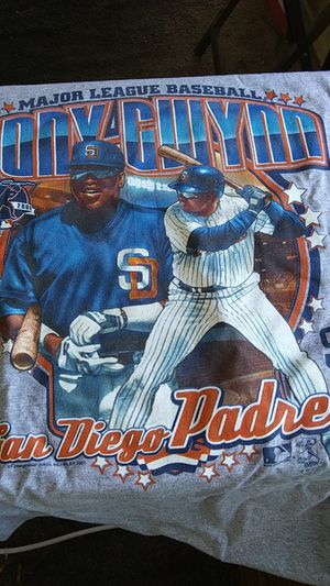 MR PADRE HIMSELF TONY GWYNN SHIRT for Sale in El Cajon, CA