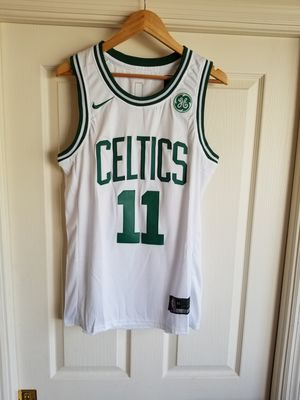 KYRIE IRVING BOSTON CELTICS WHITE JERSEY SIZE SIZE SMALL for Sale in Fort Lauderdale, FL