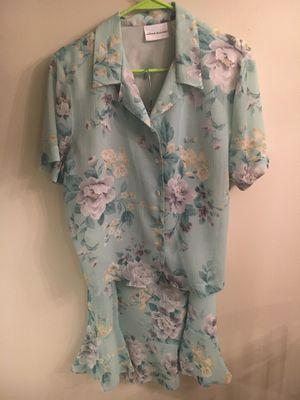 Alfred Dunner skirt and top ensemble for Sale in French Creek, WV