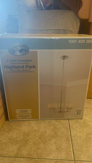5 light chandelier for Sale in Hesperia, CA