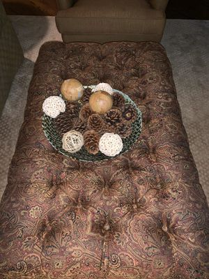 Ottoman Coffee Table for Sale in Naperville, IL