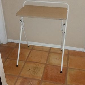 Small Folding Desk for Sale in Glendale, AZ